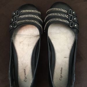 8.5 black flats worn few times only